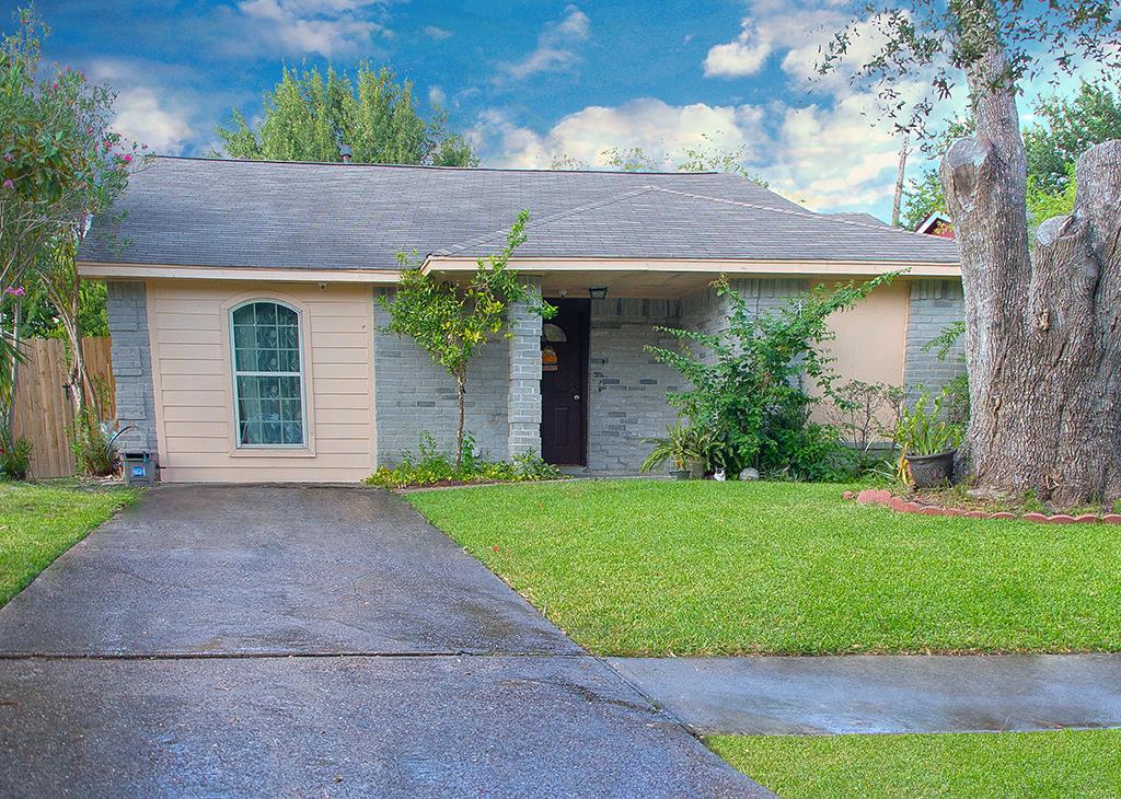 Photo of 5212 Shirley Street  Baytown  TX