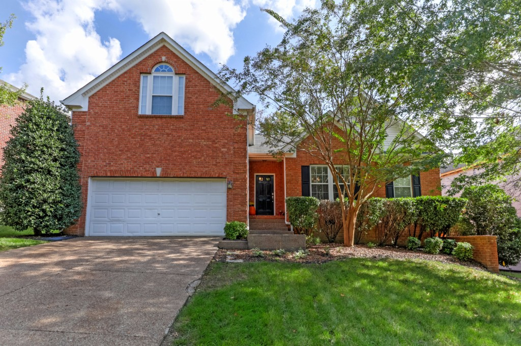 Photo of 6708 Autumn Oaks Dr  Brentwood  TN