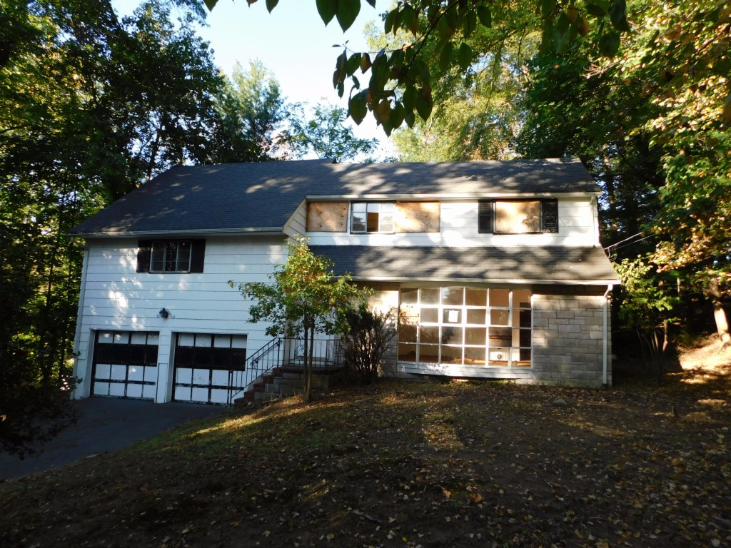 579 Closter Dock Road Closter, NJ 07624