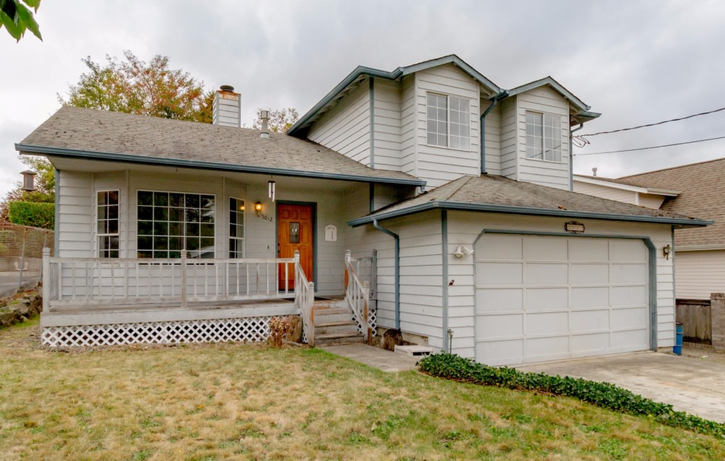 Photo of 5012 La Hal Da Avenue NE  Tacoma  WA