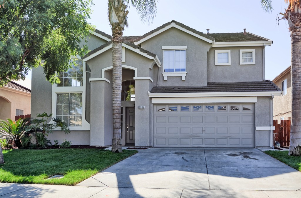 Photo of 1104 Woodbury Lane  Stockton  CA