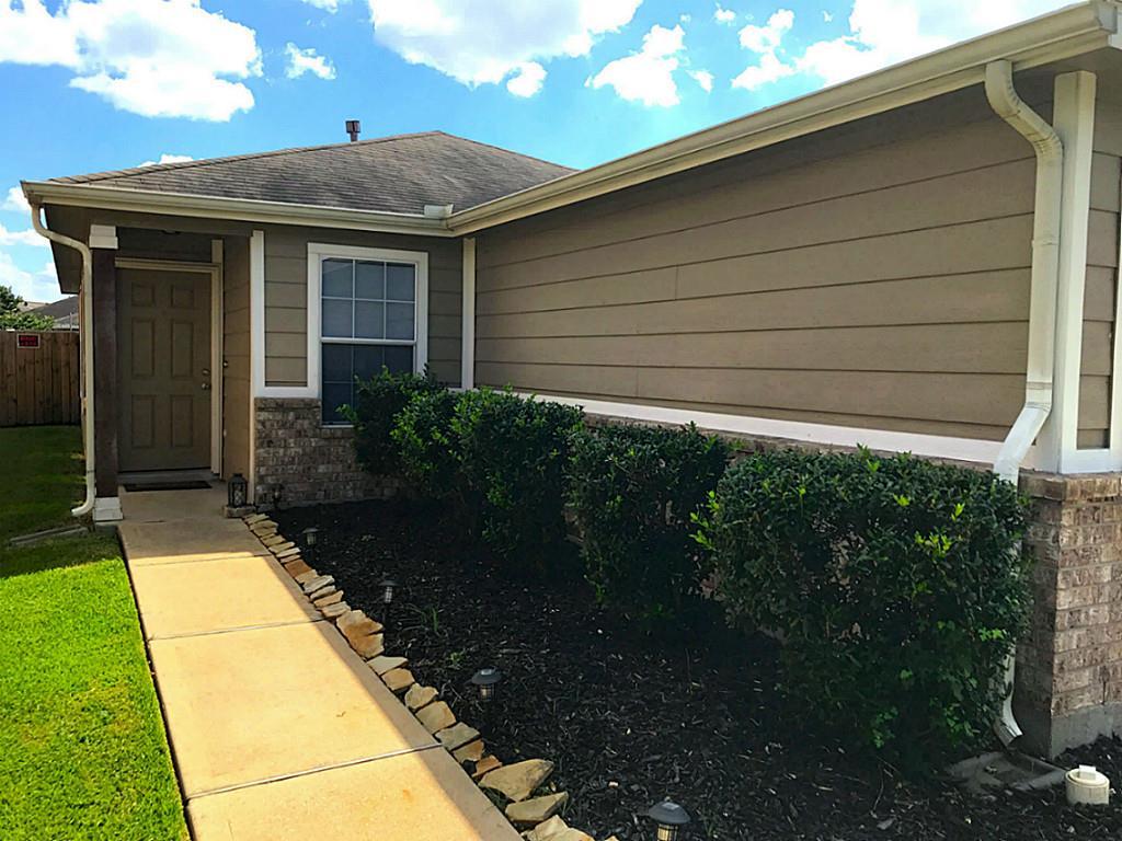 726 Sun Lodge Dr Houston, TX
