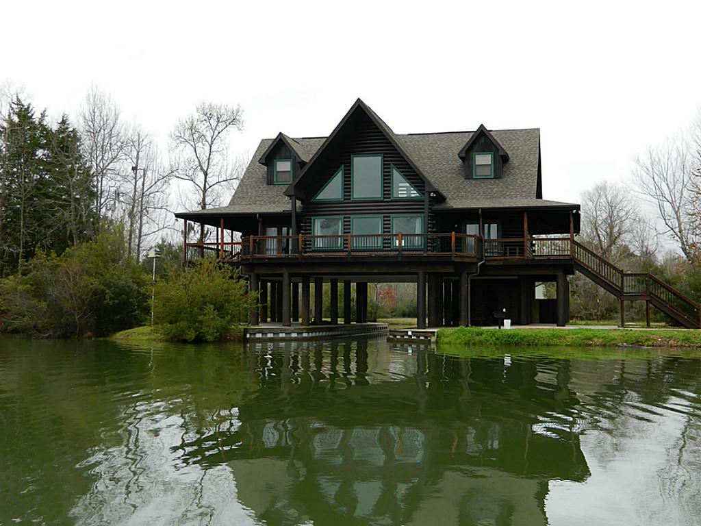 Lake Conroe Texas Property For Sale