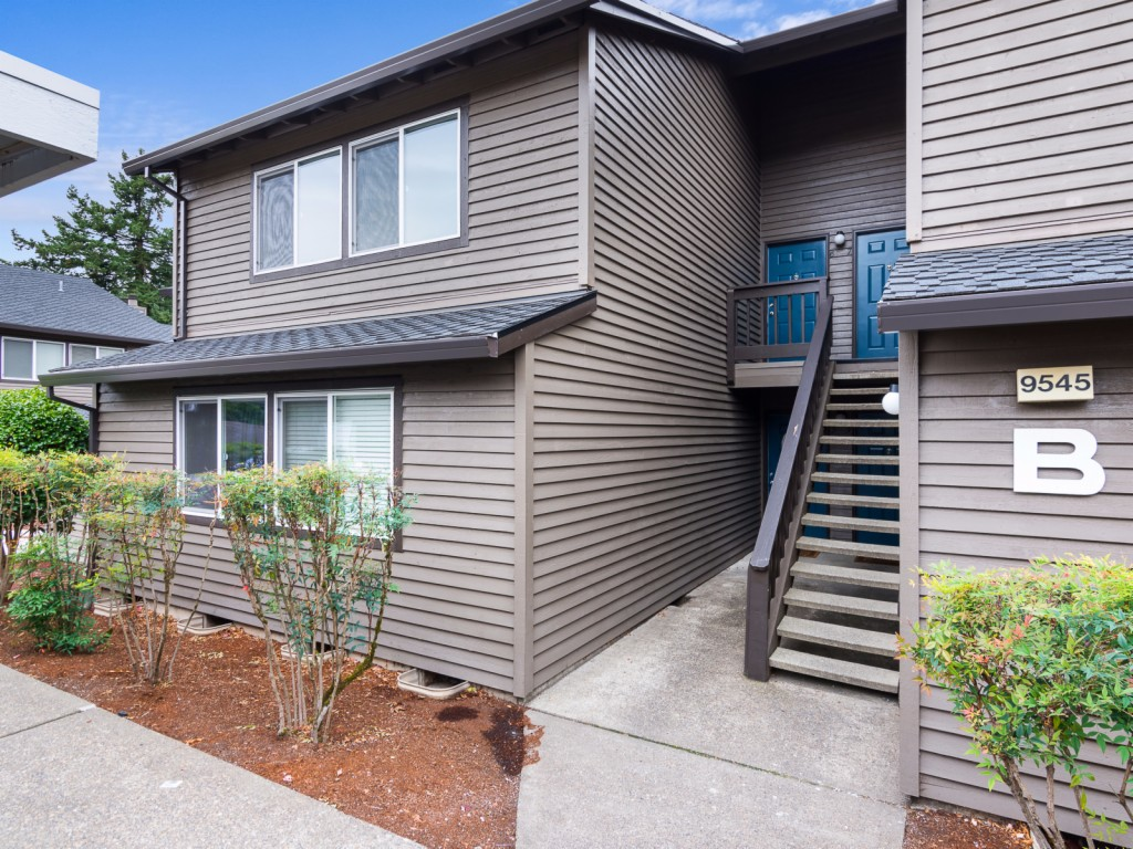 Photo of 9545 SW 146th Ter  Beaverton  OR