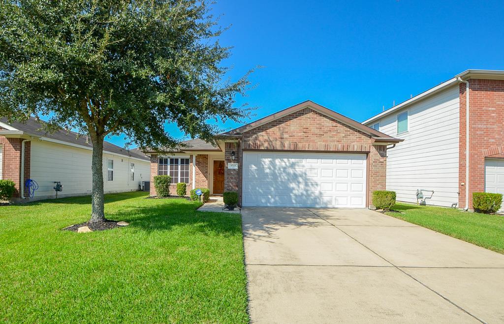 Photo of 4742 Montclair Hill Lane  Fresno  TX
