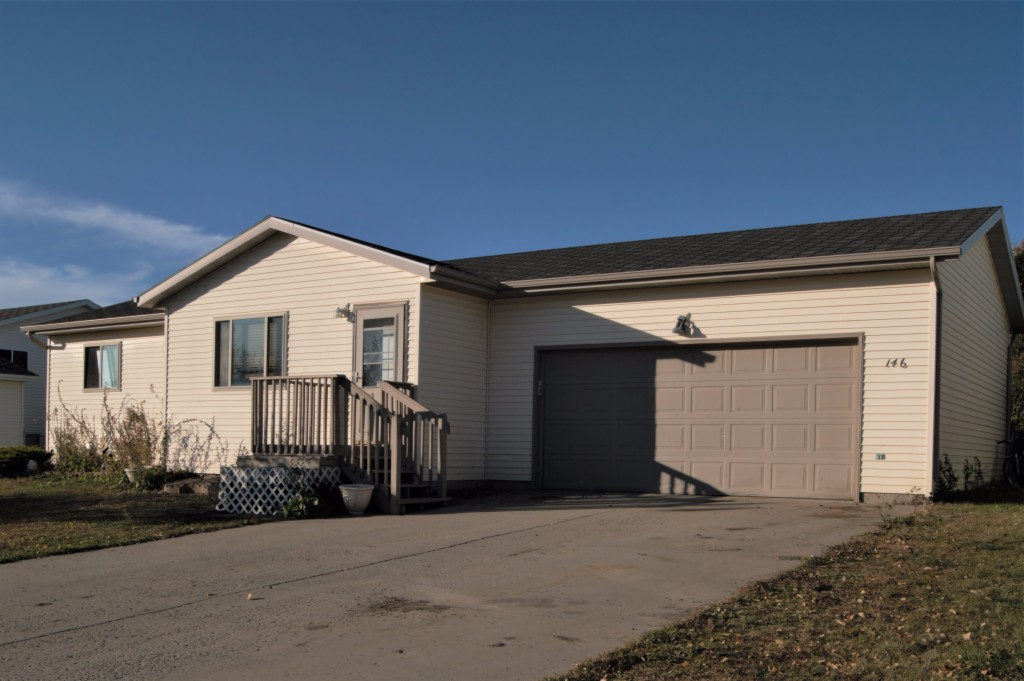 Photo of 146 Allen Drive  Lincoln  ND
