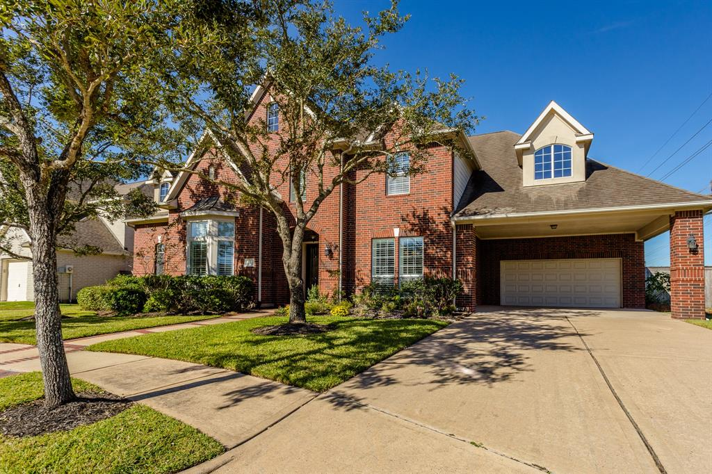 2702 Dunsmere Court Pearland, TX 77584