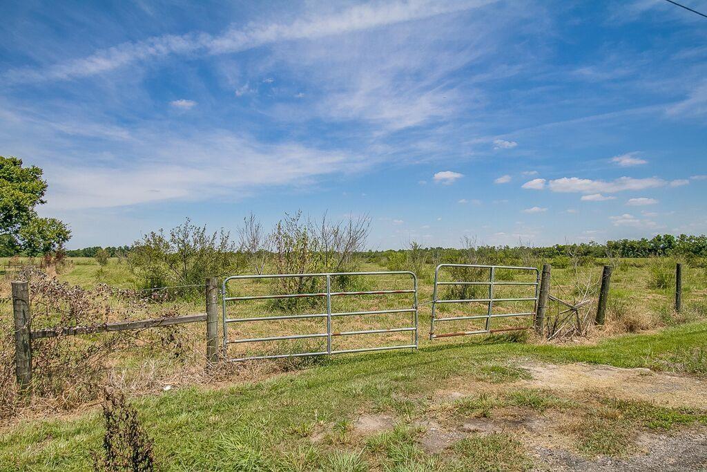 0 County Road 152 Alvin, TX 77511