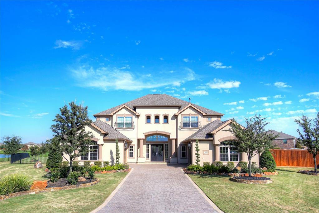 10334 Grape Creek Grove Lane, Cypress, Texas