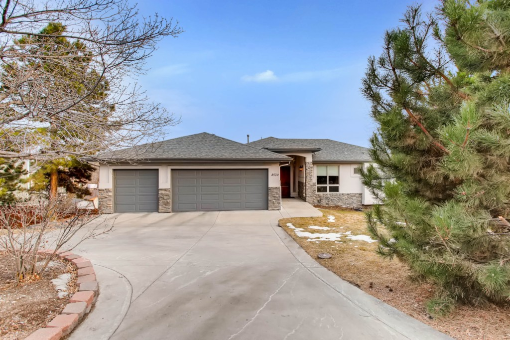 8570 68th Ave Arvada, CO 80004