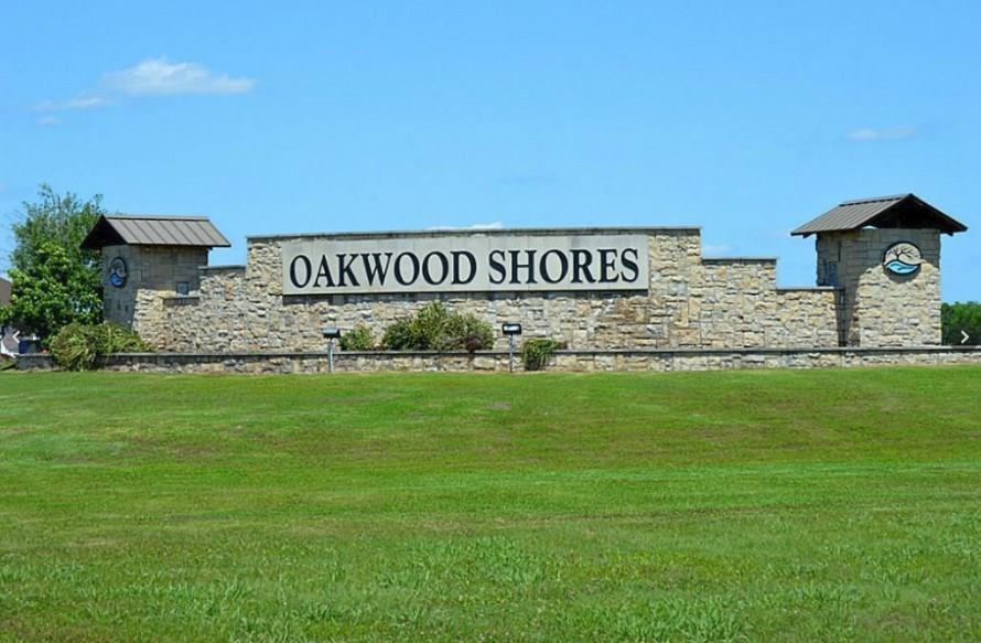 32818 Amberjack Drive Richwood, TX 77515