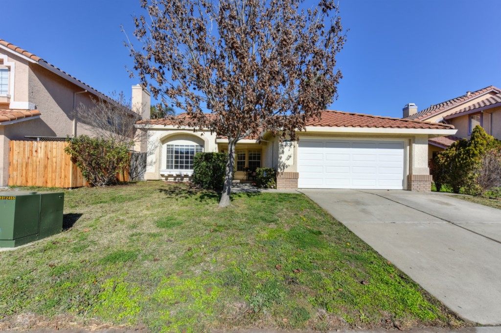 4701 Laguna West Way Elk Grove, CA 95758