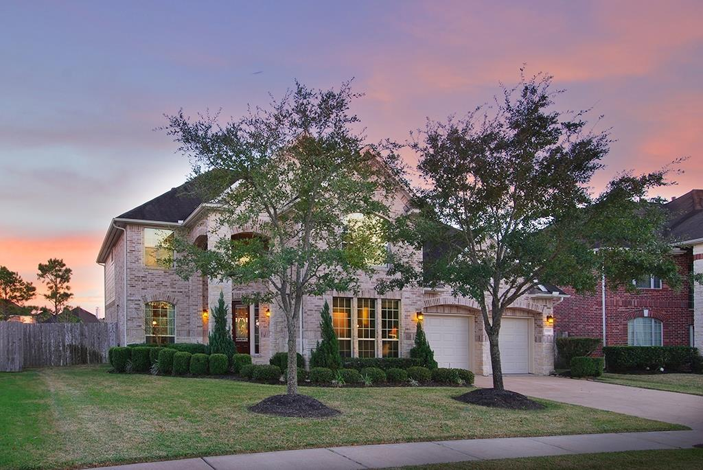 2309 Bending Spring Drive Pearland, TX 77584