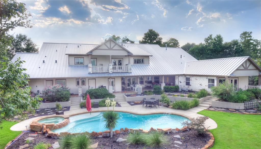 268 Lakeside Hills Drive, Montgomery, Texas