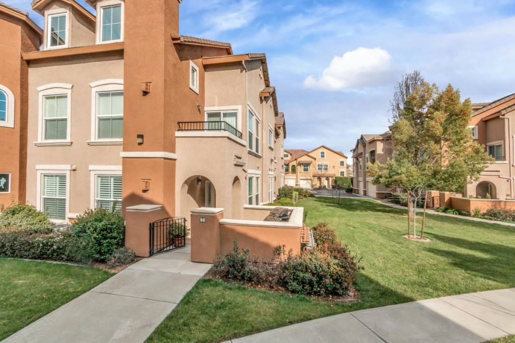 Waterfront Homes For Sale Sacramento Ca