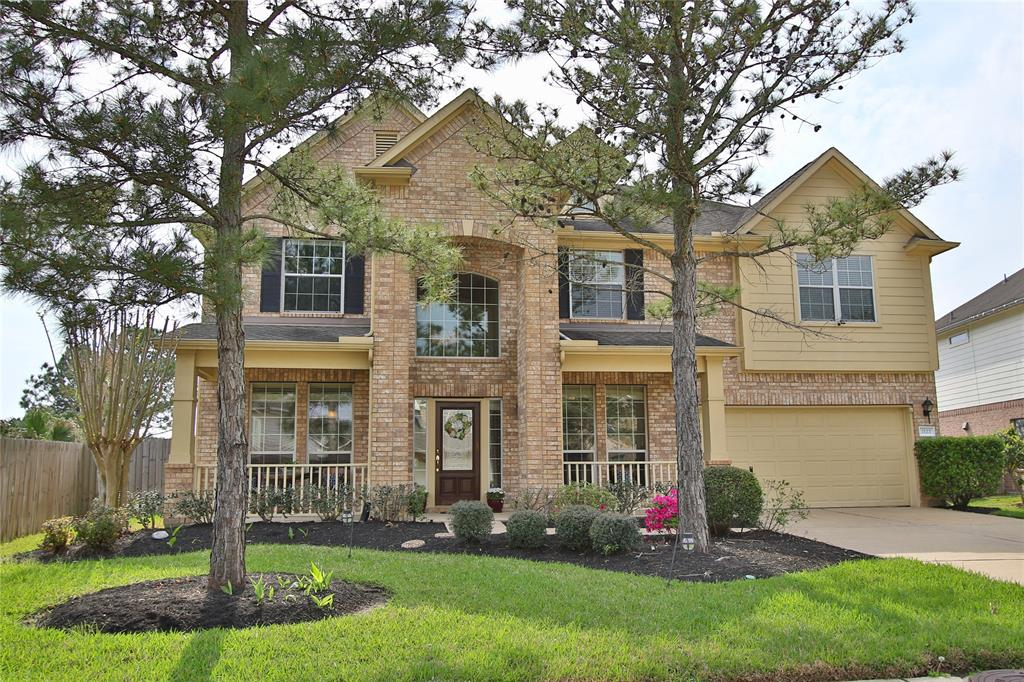 2122 Rushing Spring Drive Pearland, TX 77584