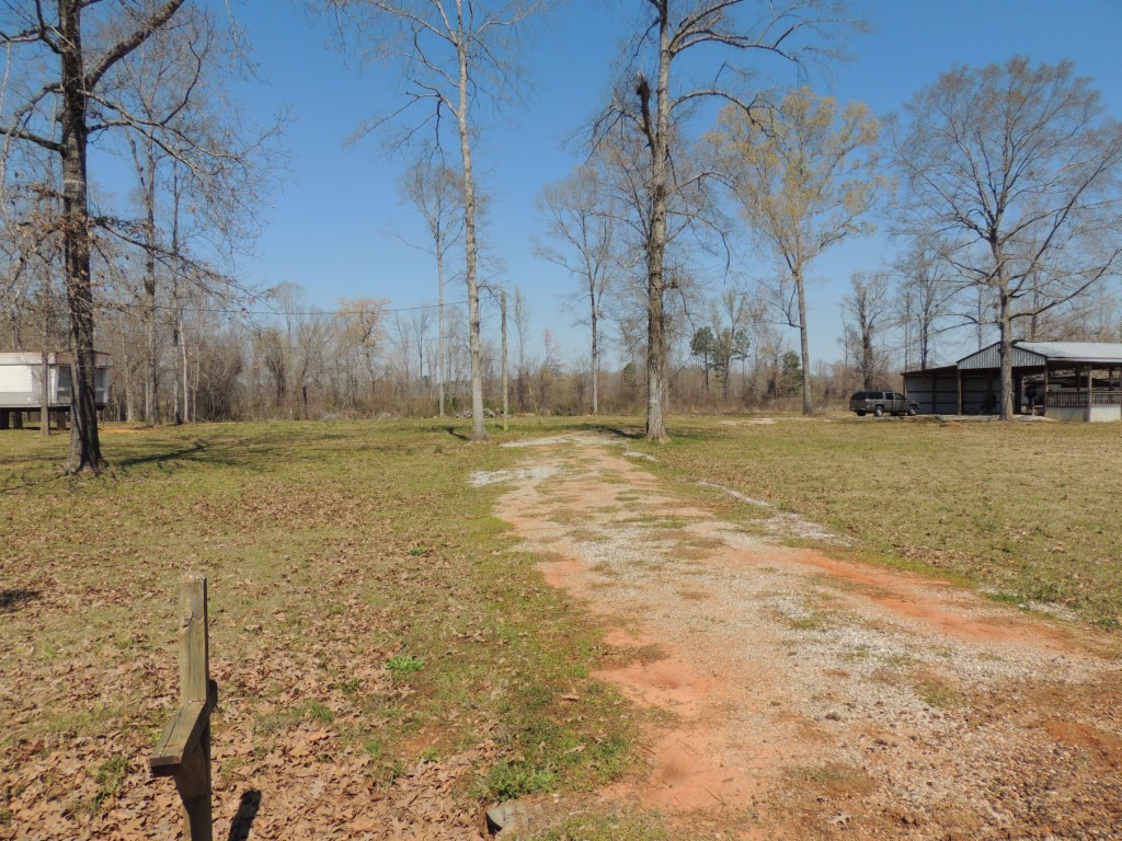 6059 Clear Creek Road Akron, AL 35441