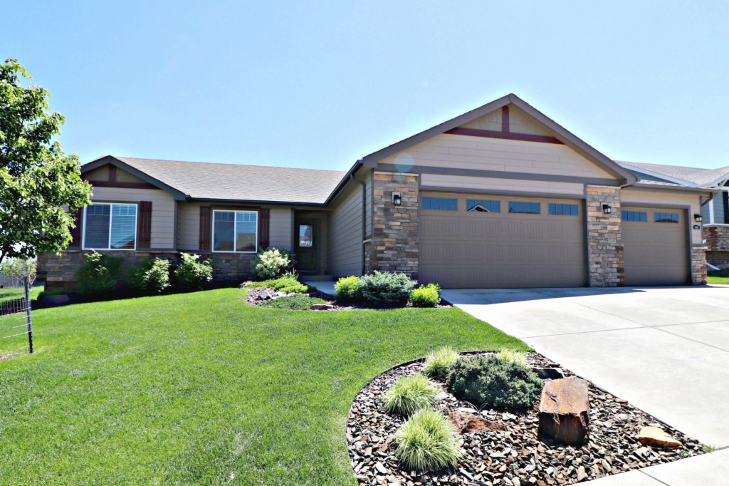 6416 Seminole Ln Rapid City, SD 57702