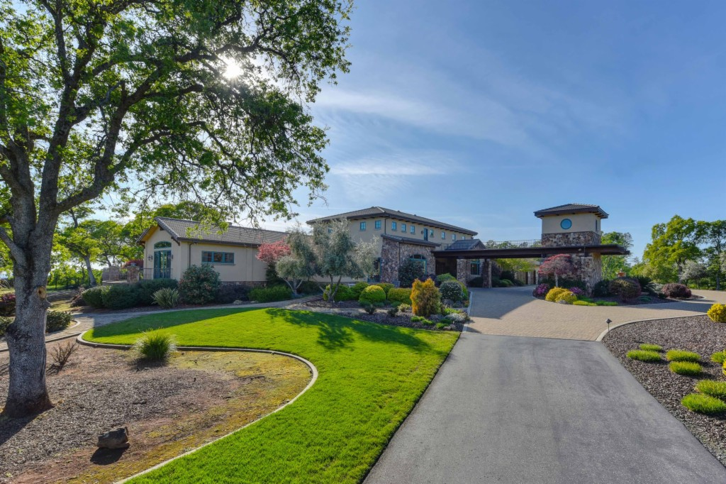 5500 Blue Oak Ranch Auburn, CA 95602