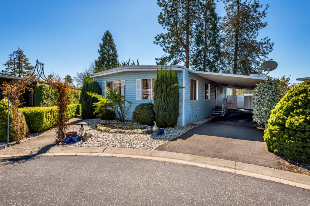 3765 Grass Valley Hwy #32, Auburn in  County, CA 95602 Home for Sale
