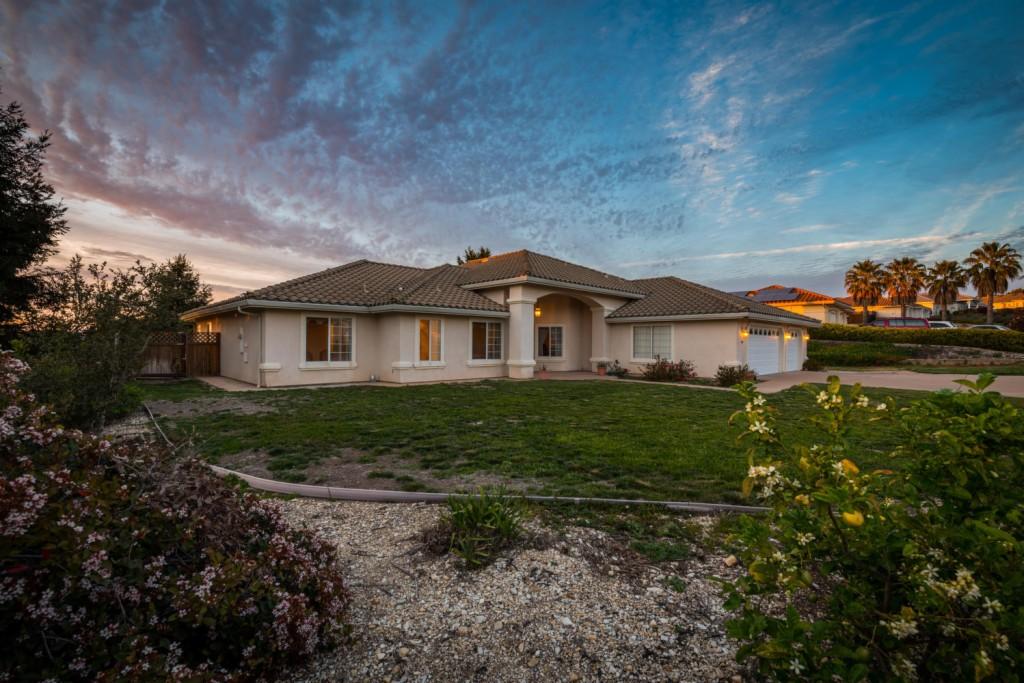 168 Century Lane Arroyo Grande, CA 93420
