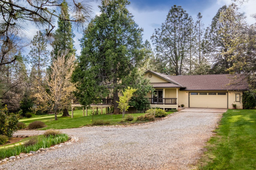 16225 Orchard Springs Grass Valley, CA 95945