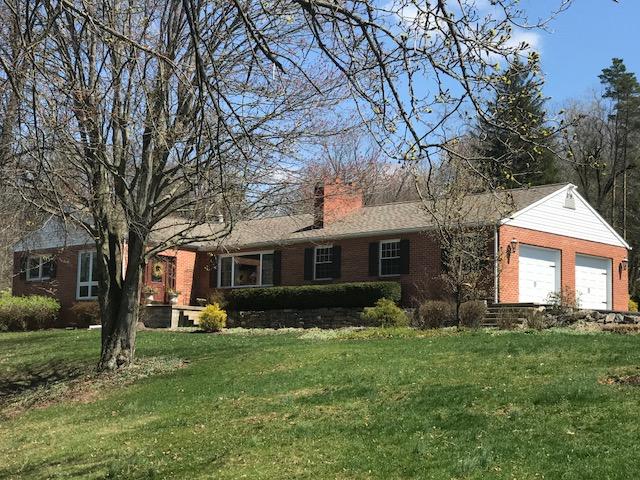 31 Woodside Lane Lewistown, PA 17044