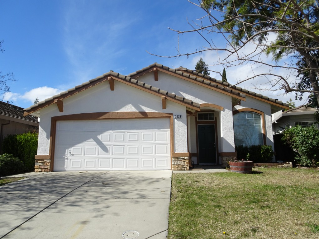 3229 Turnbuckle Cir Elk Grove, CA 95758