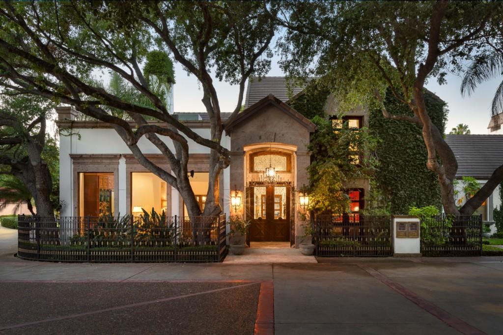 33 Villas Jardin, McAllen, Texas