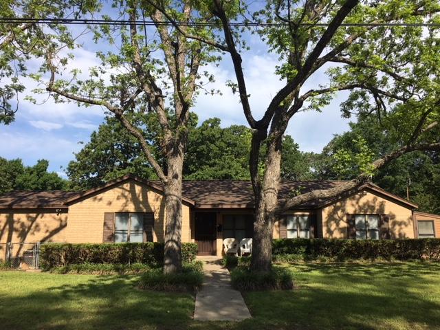 1700 North Harding Avenue Cameron, TX 76520