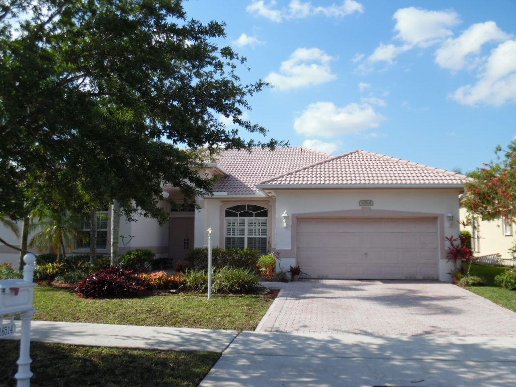 16514 Segovia Circle South, Pembroke Pines in Broward County, FL 33331 Home for Sale