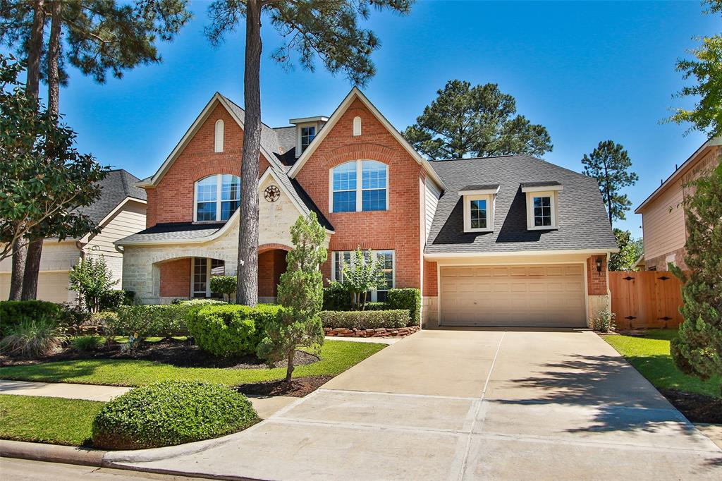 15811 Hurstfield Pointe Drive, Cypress, Texas