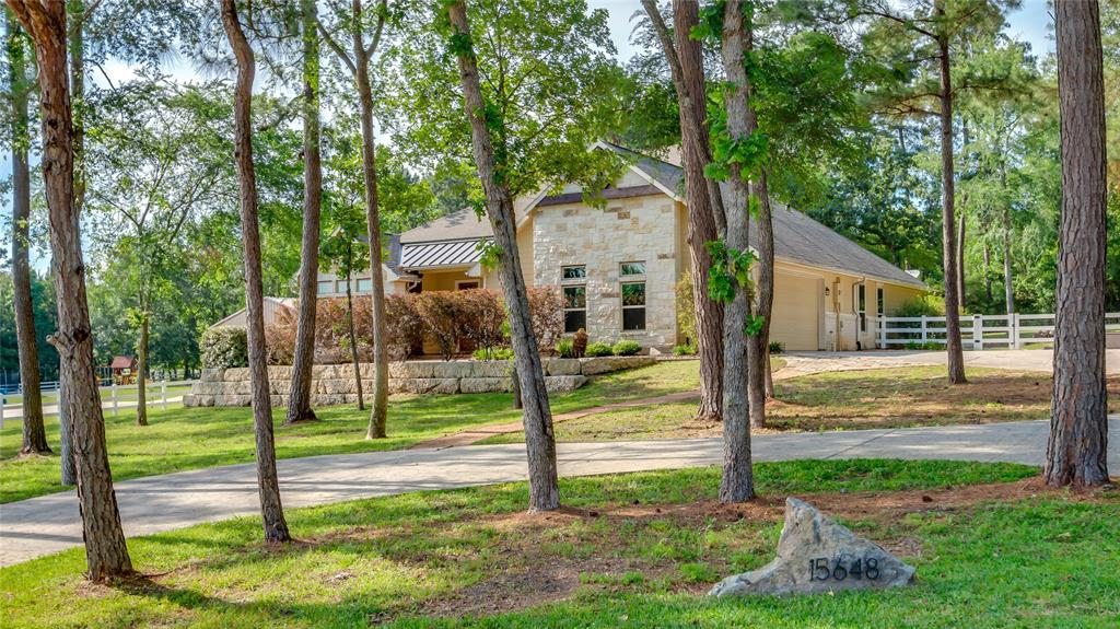15648 Queen Victoria Court, Montgomery in Montgomery County, TX 77316 Home for Sale