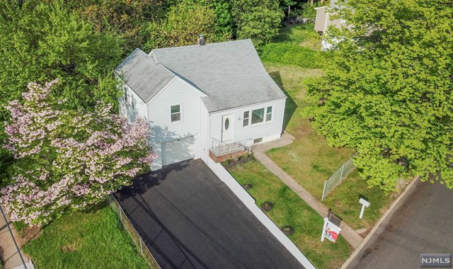 3 Brookview Drive Woodland Park, NJ 07424