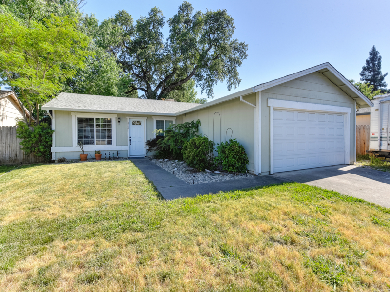 8176 Villa Oak Drive Citrus Heights, CA 95610
