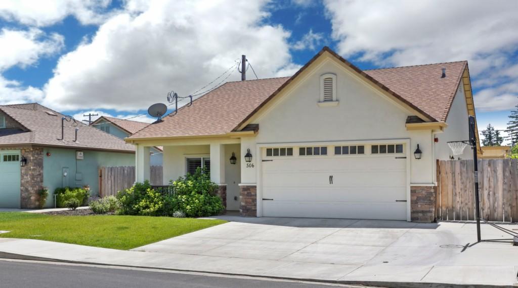 506 Daisy Ave. Lodi, CA 95240
