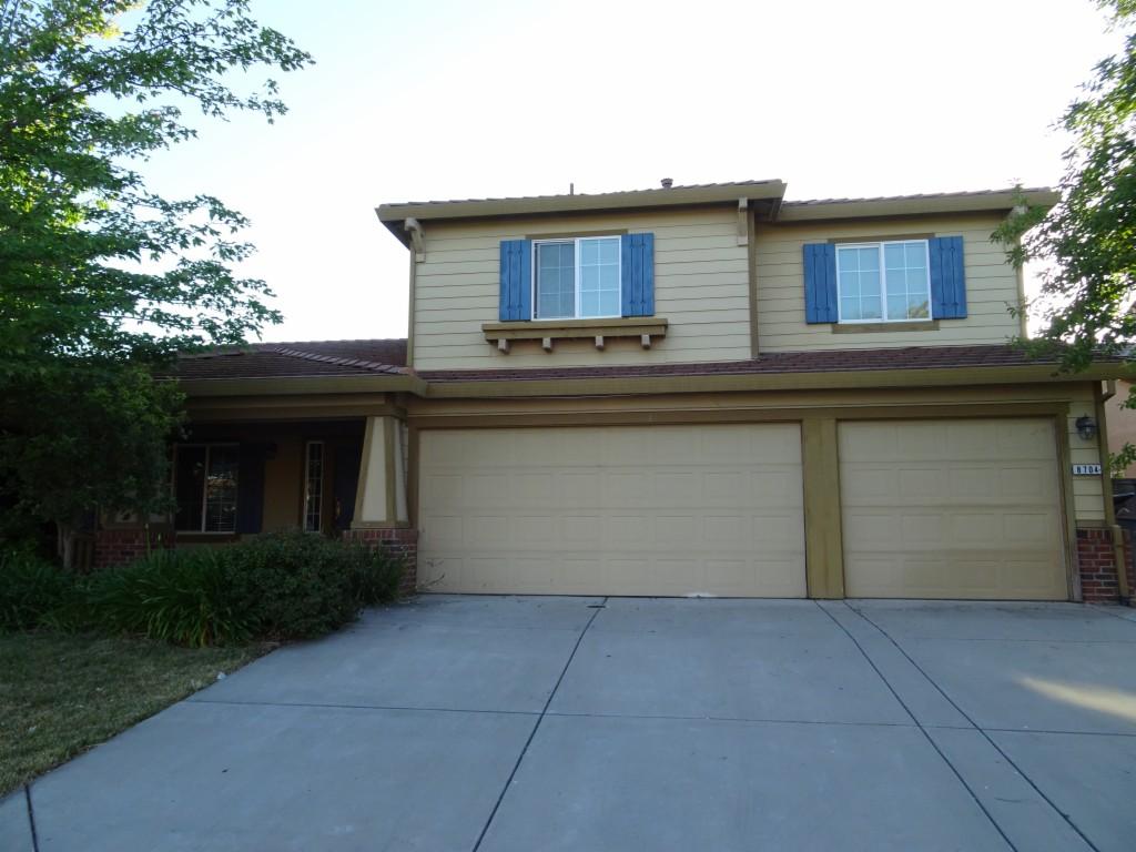 8704 Red Clover Way Elk Grove, CA 95624