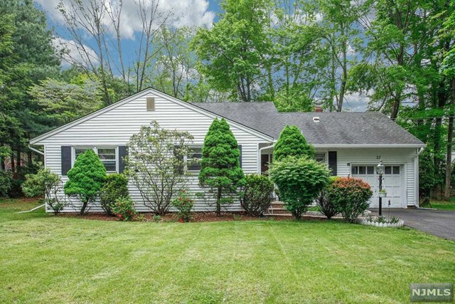 37 Forest Road Allendale Borough, NJ 07401