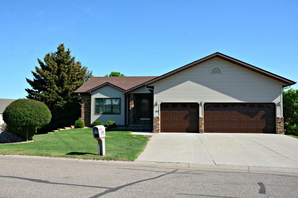 127 country club dr., Bismarck, North Dakota