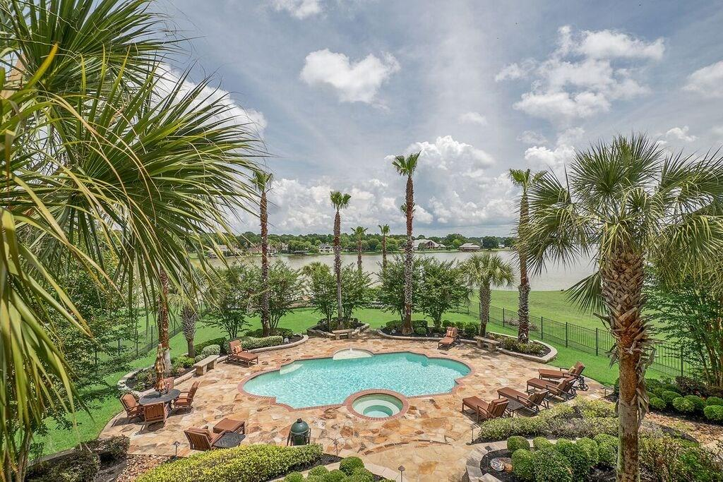 18720 Palm Beach Boulevard, one of homes for sale in Conroe