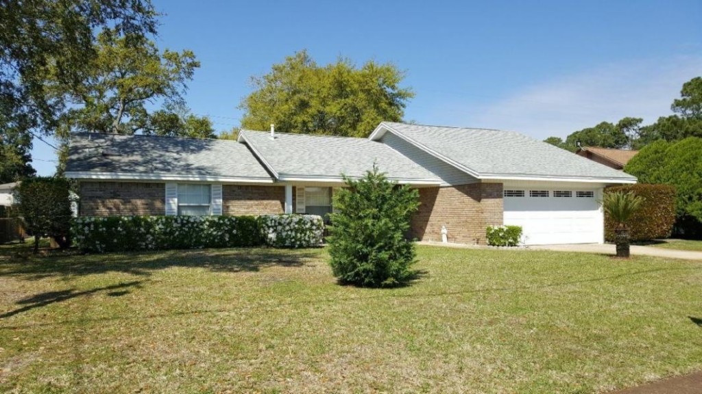 311 Timberlake Ct, Mary Esther, Florida