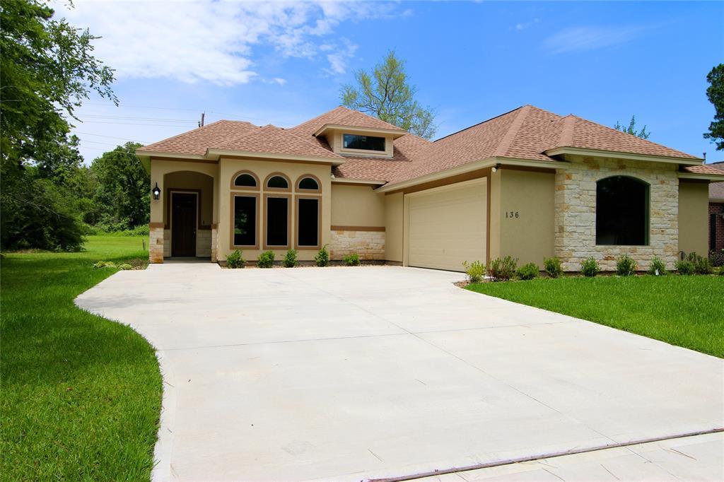 136 Wick Willow, Montgomery, Texas
