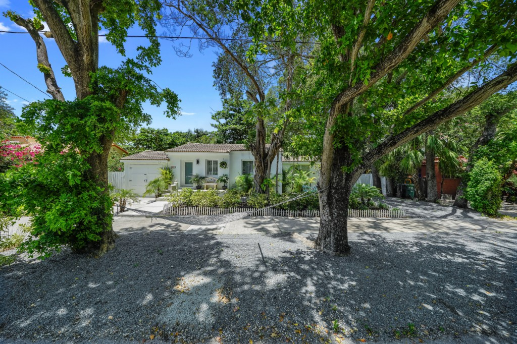 2491 Tequesta Lane, Pinecrest in  County, FL 33133 Home for Sale