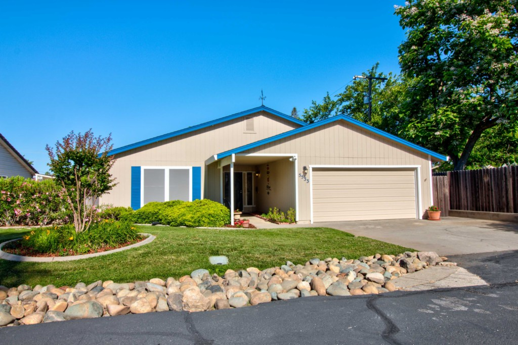 5533 Engle Road Carmichael, CA 95608