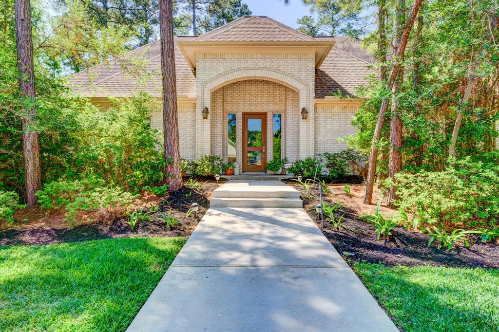 12507 Lake Shore Drive, Montgomery in Montgomery County, TX 77356 Home for Sale