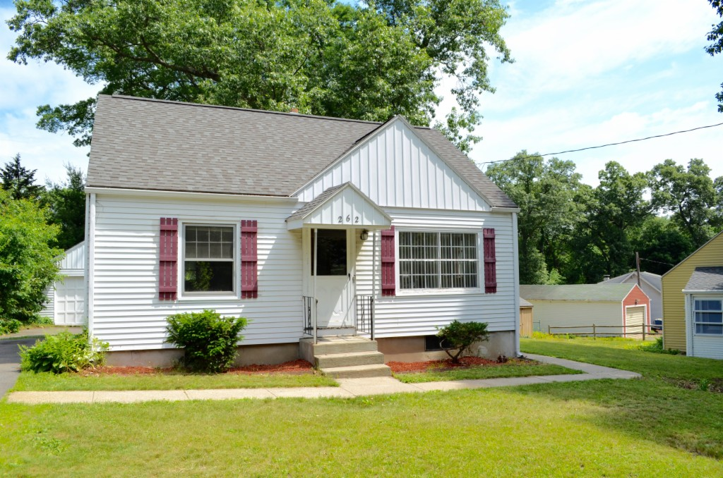 262 Amostown Road West Springfield, MA 01089