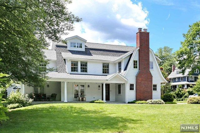 284 Cantrell Road, one of homes for sale in Paramus