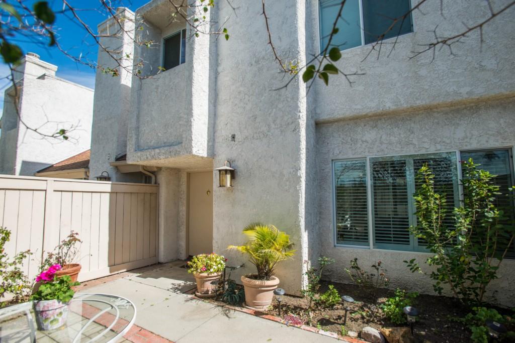 10420 Zelzah A Northridge, CA 91324