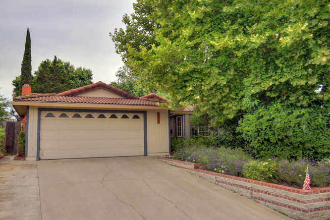 2816 Conbar Court, Rosemont, California
