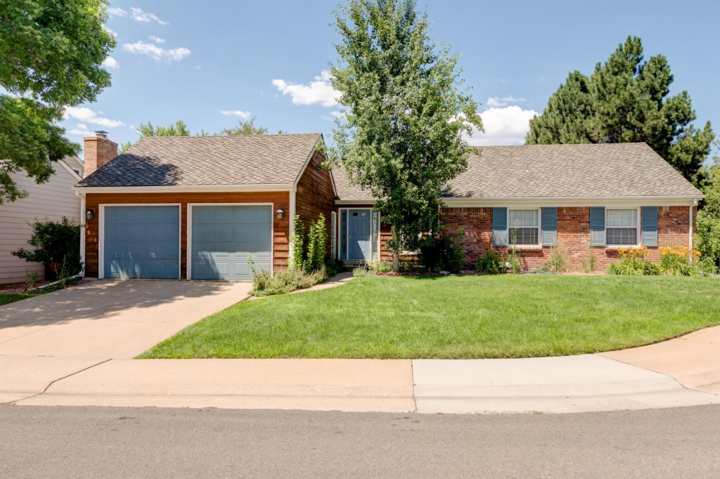 7259 E Costilla Dr, one of homes for sale in Centennial